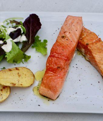 Le saumon à l'unilatéral en deux cuissons au barbecue d'Eddy