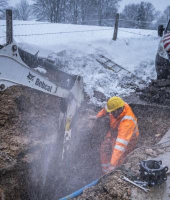 Tombe la neige sur nos fontainiers